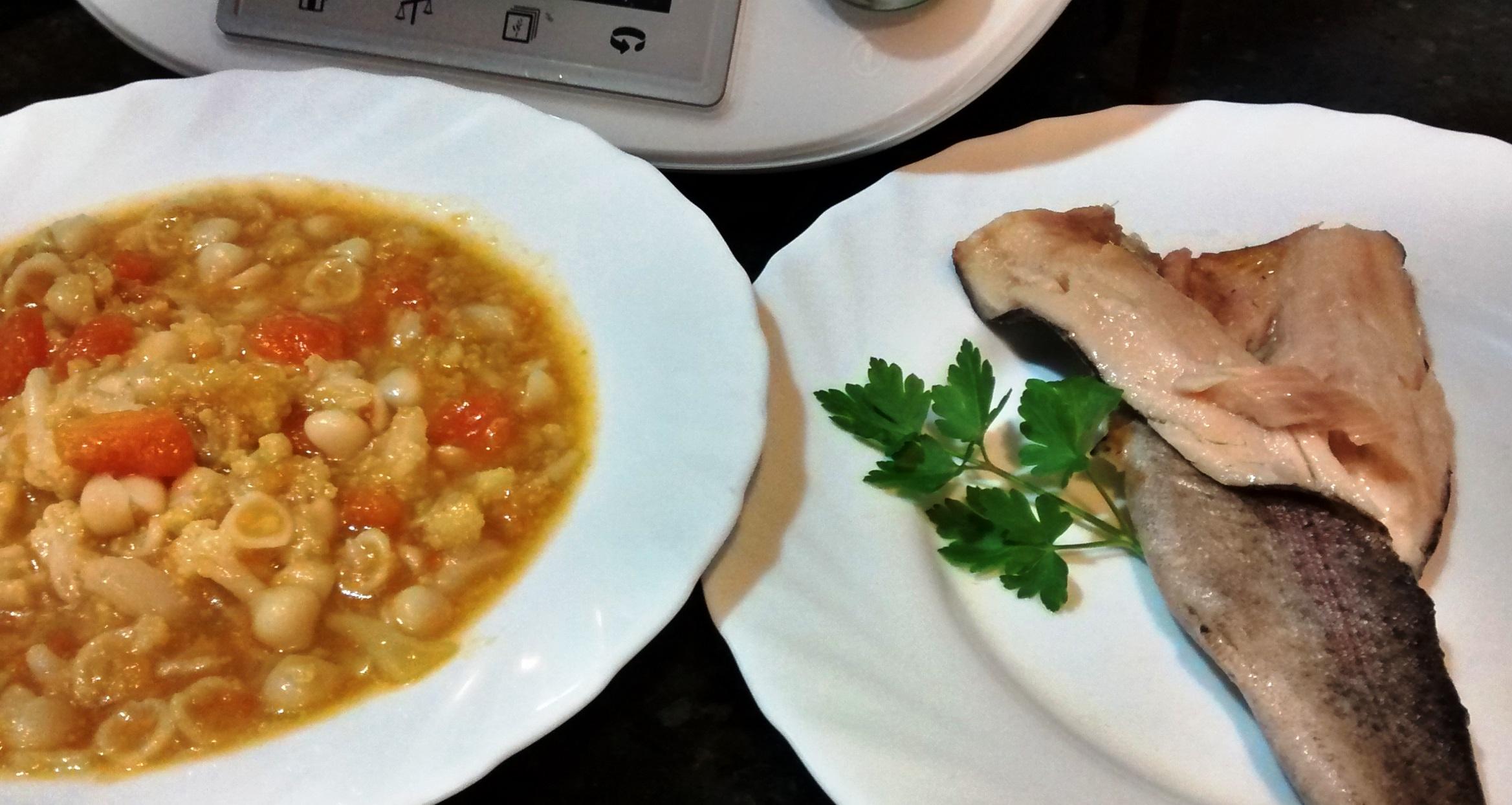 Menú completo: sopa de coliflor, brócoli y calabaza y...trucha al aroma de romero