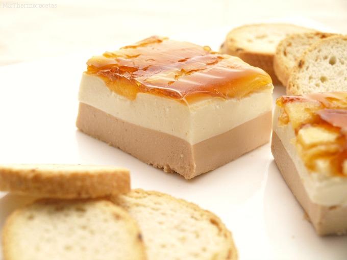 Mousse de foie con queso de cabra y manzana caramelizada for Canape de pate con cebolla caramelizada