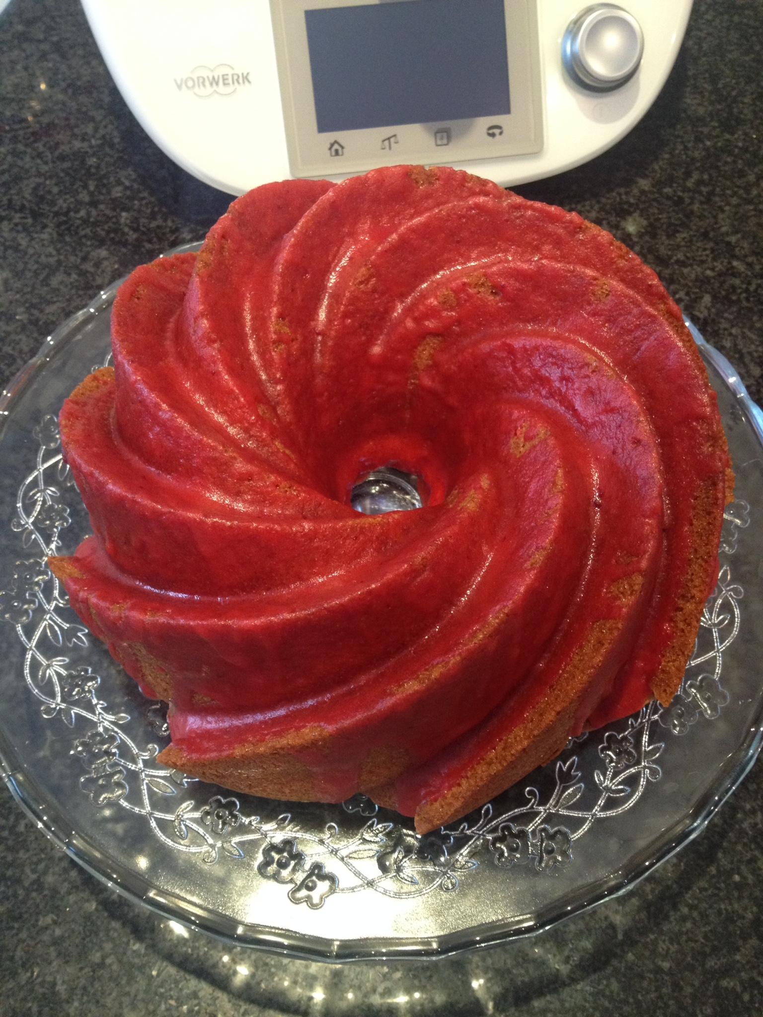 BUND CAKE DE FRESA
