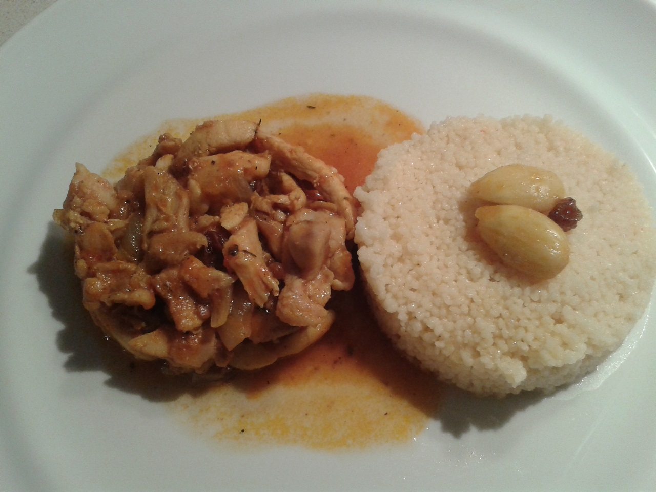POLLO MARROQUI CON CUSCUS