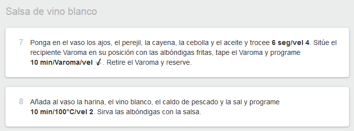 Albóndigas de merluza con salsa de vino blanco.