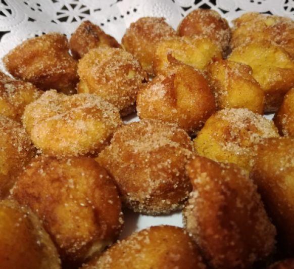 Buñuelos rellenos de Crema