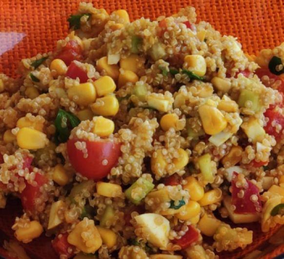 Ensalada de quinoa con verduras y hierbas con Thermomix®