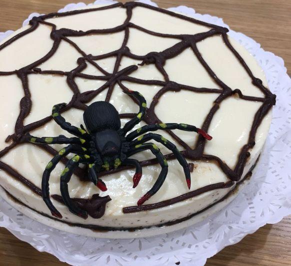 Halloween Tarta de Oreo con telaraña y con Thermomix®