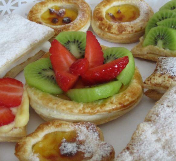 Hojaldres variados con crema pastelera y Thermomix®