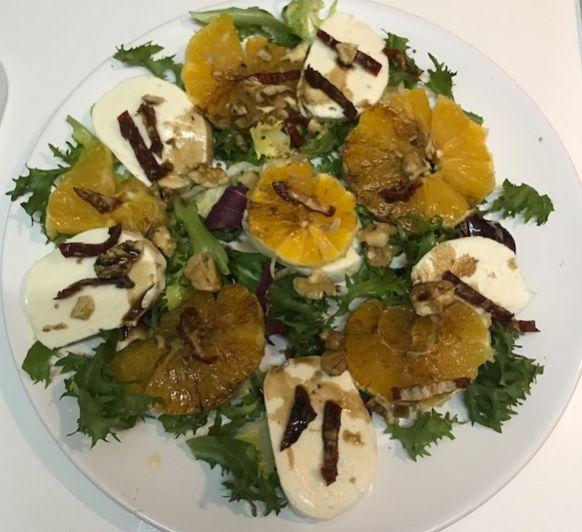 Ensalada de naranja y mozzarella