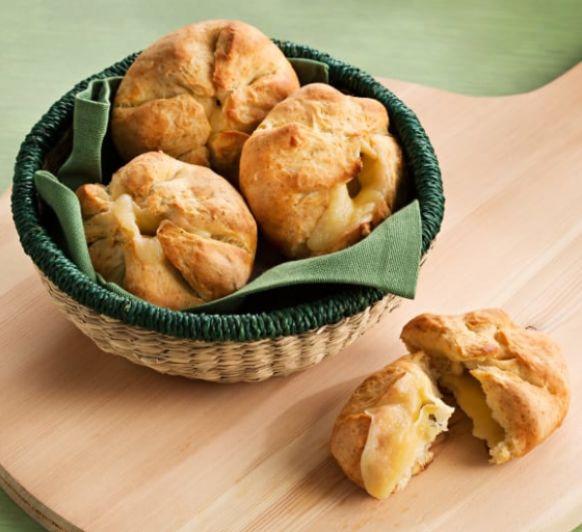 Pan relleno de queso (Khachapuri), con Thermomix®