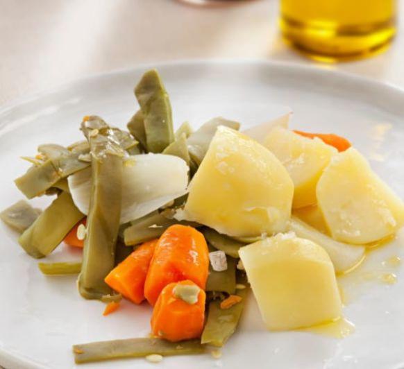 Judías verdes con patatas y huevo duro al vapor, con Thermomix®