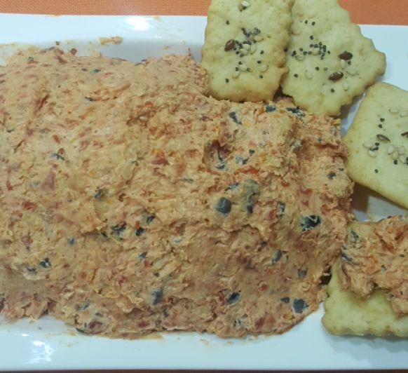 Tapenade de tomates secos y queso de cabra