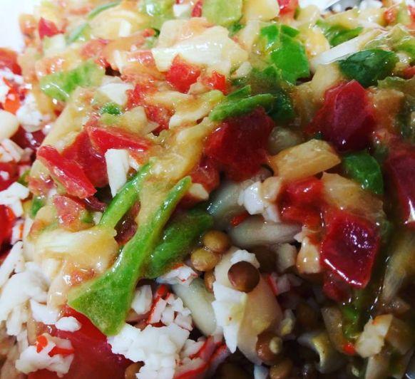 Salpicon de legumbres y surimi