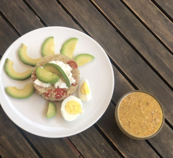 Ensalada de quinoa con vinagreta de frutos secos