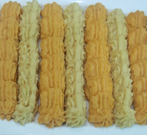 Dos versiones de hummus: tradicional y con chorizo
