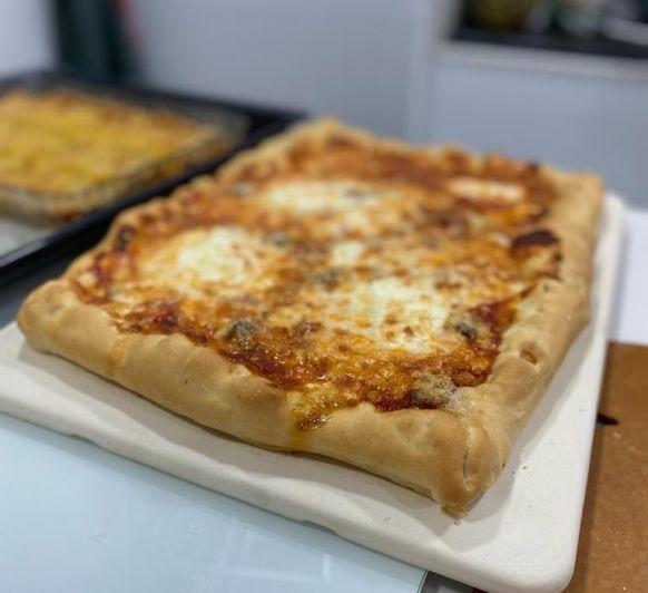 Pizza blanca con rúcula - ahora más crujiente