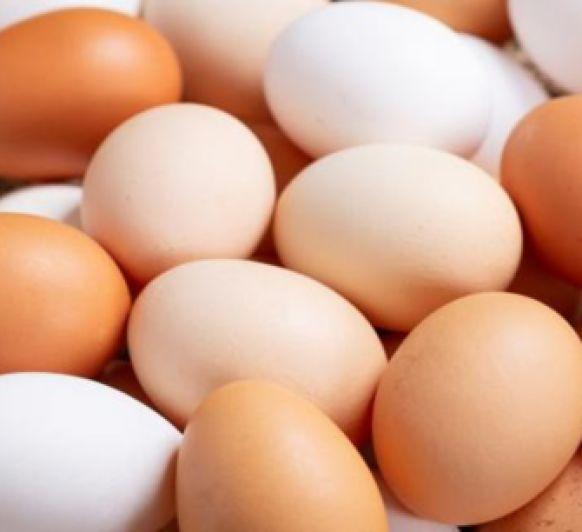Huevos gratinados ( Tomando café)