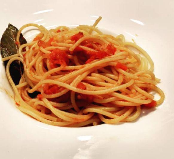 Espaguettis al estilo de Sofia Loren.