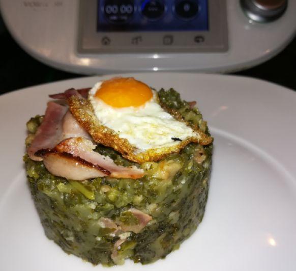 Trinxat de col Kale con huevo