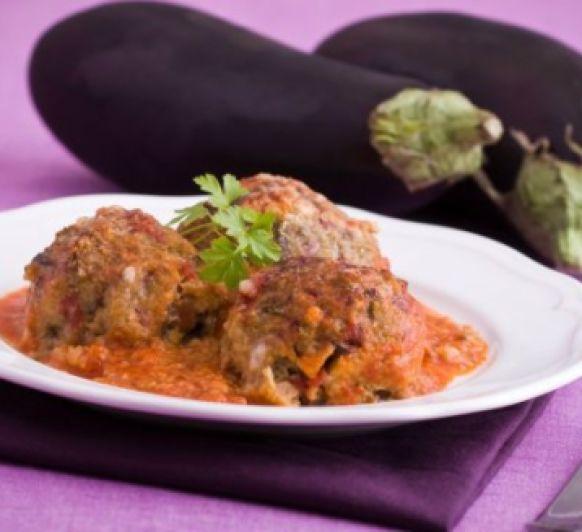 Albóndigas veganas de berenjena con salsa de tomate sin freír y con Thermomix®