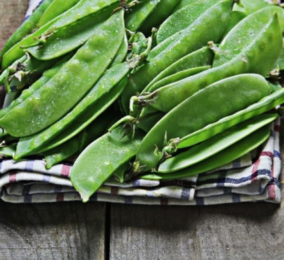 Verduras al vapor con rúcula ( Comprando fruta)