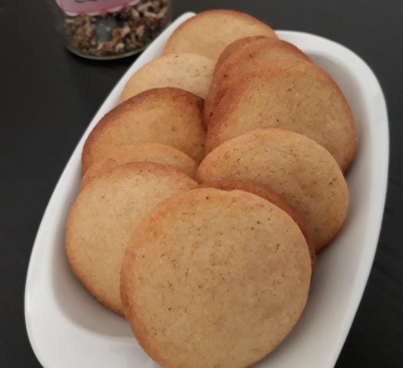 Deliciosas galletas indias de cardamomo
