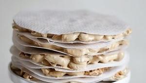Torta imperial o turrón de Alicante con Thermomix® : de miel con almendras