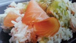 Ensalada Thermomix® : ensalada nórdica con arroz, salmón y aliño de eneldo